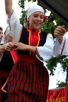 Macedonian Folk Festival by nataliegoes, via Flickr