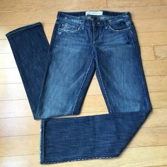 """Joe's jeans vintage 1971 series. Beautiful stitches and embroidery details. Reposh..just a little too big for me. Inseam 32"""". Waist flat 30"""". Joe's Jeans Jeans"""