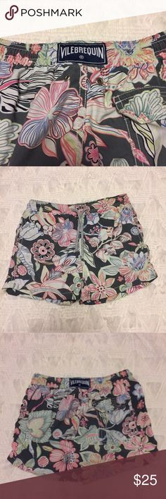 Vilebrequin Kids Swim Trunks Size 8 Brand: Vilebrequin  Size: 8  Category: Boys Swim Trunks  Description: Trunks have mesh lining and pockets.  Condition: Good pre-loved, one of the ends is missing on the drawstring.  Fabric: 100% nylon  Item #SB648 Vilebrequin Bottoms Shorts