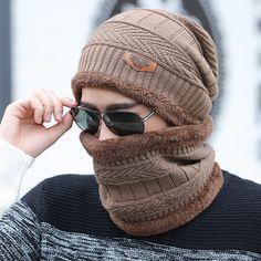 AAMM venda quente 2 pcs boné e cachecol de esqui frio quente de couro chapéu  do 03700dfbbe9