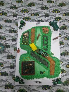 John Deere Cake!