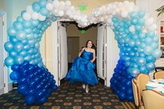 Blue Waves Balloon Arch - Bat Mitzvah Entrance for Beach Party Theme {By Balloon Artistry, Sarah Merians Photography} - mazelmoments.com