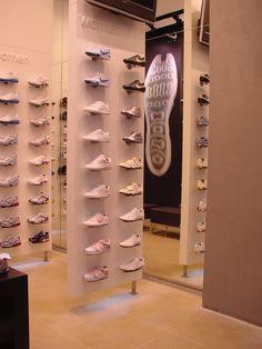 31 Best Shoe Display Ideas images Skodisplay, sneaker  Shoe display, Sneaker