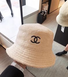 𝐣𝐞𝐬𝐬. (@softauras) / Twitter Mode Outfits, Fashion Outfits, Womens Fashion, Fashion Fashion, Fashion Clothes, Fashion Ideas, Fashion Tips, Fashion Spring, Winter Fashion