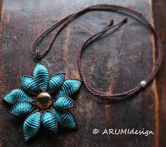 Micro macrame Statement neklace TURQUOISE FLOWER with brown AGATE stone, fiber flower necklace with stone handmade by ARUMIdesign