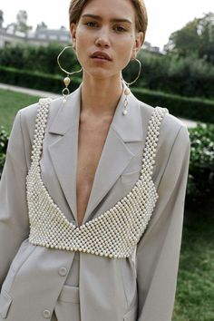 New Fashion Week Milano Outfit Ideas Foto Fashion, Runway Fashion, Trendy Fashion, Fashion Looks, Womens Fashion, Parisian Fashion, Tailored Fashion, Layered Fashion, 3d Fashion