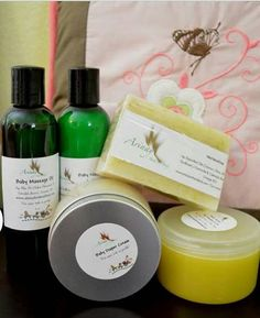 Check out this item in my Etsy shop https://www.etsy.com/listing/216367503/natural-mom-baby-complete-kit