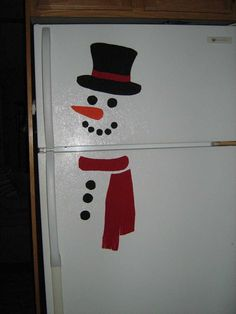 Here is a snowman for the fridge I made on march Rudy day. Just needed some felt and photo-magnet page bought at the dollar store. It w...
