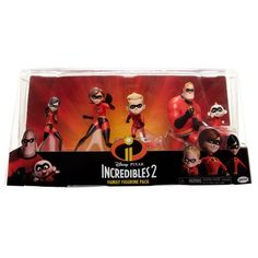 The whole gang is here in this mini figure set and when the entire Incredibles family gets together, there's no problem-or supervillain-they can't handle. Includes Mr. Incredible and Elastigirl, Violet, Dash and Jack-Jack. Perfect for play or display