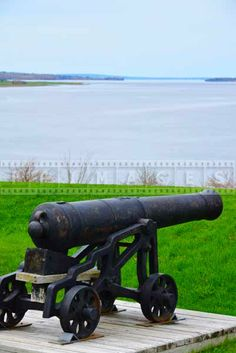 historic fort anne old cannon and Annapolis river