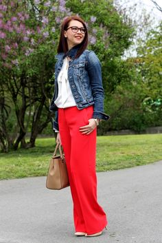 Red trousers, white shirt, denim jacket, spring look