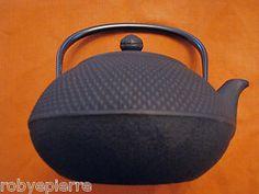 Teiera in ghisa IWACHU originale giapponese nera 900 ml smaltata con filtro inox  la trovi su you find it on: www.incensipuri.com