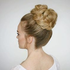 Another look at the French Braid High Bun I'm this close to doing my hair like this today wish I had somewhere fancy to go as a good excuse! Tutorial linked in bio! #missysueblog