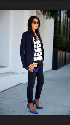 2017 business / work fashion! Take the stress out of shopping for work clothes & ask your Stitch Fix stylist to send you items like these. Delivered right to your door! #stitchfix #Sponsored black & white fashion with pop of color pumps