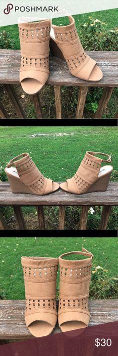 Tan Wedges NEVER WORN! JustFab tan wedges, size 6. JustFab Shoes Heels