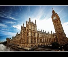 Place of Westminster / Houses of Parliament | The Pizz......eeehhr... The Parliament by Giorgos~, via Flickr