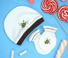 Designer baby SET  Baby bee stile Hat  baby bee by rockbabies