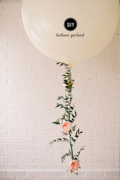 DIY Floral Balloon Garland: www.stylemepretty… DIY Floral Balloon Garland: www. Diy Balloon, Balloon Garland, Flower Balloons, Balloon With Tassels, String Balloons, Round Balloons, Large Balloons, Giant Balloons, Balloon Party