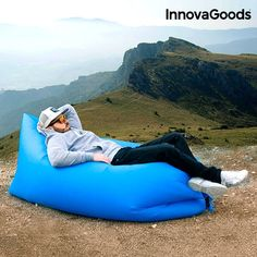 Don't give up on comfort when you get away on an adventure, take the original and practical InnovaGoods Gadget Cool portable self-inflating sofa ! Hanging Clothes Organizer, Pen Fishing Rod, Open Air, Waist Pouch, Extra Bed, Couch, Body Mist, The Originals, Festivals