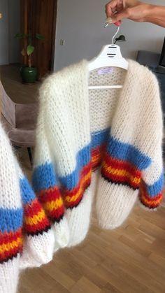 Knitting Designs, Knitting Patterns Free, Hand Knitting, Hand Knitted Sweaters, Mohair Sweater, Knitwear Fashion, Knit Fashion, Hippie Style Clothing, Orange Sweaters