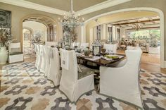 Traditional Dining Room Design, Pictures, Remodel, Decor and Ideas Elegant Dining Room, Dining Room Design, Dining Chair Slipcovers, Dining Room Furniture, Dining Chairs, Traditional Dining Rooms, Mansions Homes, Luxury Interior Design, Estate Homes