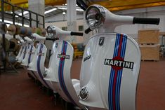 Vespa 200, Martini Racing, Classic Bikes, Car Photos, Motorbikes, Automobile, Motorcycles, Colour, Suits