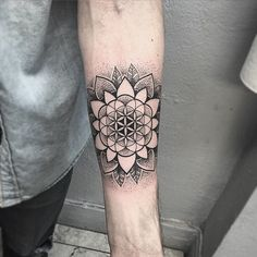 Tattoo geometric mandala flower of life symbols 44 ideas Mandala Tattoo Design, Mandala Arm Tattoo, Geometric Mandala Tattoo, Sacred Geometry Tattoo, Geometric Flower, Tattoo Designs, Tattoo Abstract, Geometric Sleeve, Tattoo Ideas