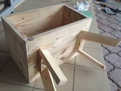 Bedside Pallet Table Bedside Pallet Table: A simple and modern design bedside table. The legs are designed to be stronger. The design minimize the visibility of The post Bedside Pallet Table appeared first on Pallet Diy.