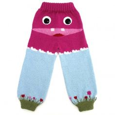 Strikkeoppskrift på ullbukse til barn i størrelse 1 - 8 år. Søt og morsom bukse til små snupper!Les mer ›