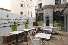 HOTEL – ALEX MARSEILLE – DISEÑO INTERIOR – TOGU ARCHITECTURE  – SILLAS - EXTERIOR Y INTERIOR – MOBILIARIO - BY VERGES