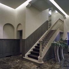 Lambrisering Interior Design Living Room, Living Room Designs, Interior Decorating, Wainscoting, Stairways, Beautiful Homes, Loft, Building, House