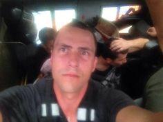 Detenido el corresponsal de Colombia ESTEBAN VANEGAS, se le incautó una CÁMARA, su delito: cubrir una marcha! pic.twitter.com/DUHuV5mV0j