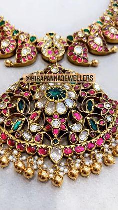 Mango Mala Jewellery, Antic Jewellery, Silver Jewellery Indian, Indian Wedding Jewelry, Royal Jewelry, Gold Jewelry, Jewelry Design Earrings, Gold Earrings Designs, Gold Jewellery Design