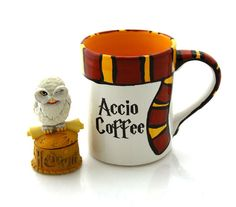 Harry Potter Mug :: Accio Coffee with gryffindor scarf