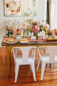 floral decor for a bright and bubbly birthday table arrangement