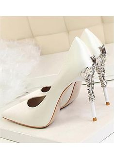 In Stock Elegant Satin Upper Pointed Toe Stiletto Heel Wedding Shoes Pointed Toe Heels, Stiletto Heels, Wedding Shoes Heels, Wedding Store, Wedding Rentals, Custom Shoes, Leather Heels, Fashion Shoes, Satin