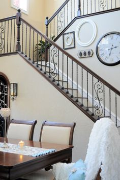 Beautiful, classic look. Combination ornamental iron with wood accents. Beautiful, classic look. Combination ornamental iron with wood accents. Wrought Iron Stair Spindles, Wrought Iron Stair Railing, Stair Railing Design, Staircase Railings, Banisters, Iron Spindle Staircase, Stairway Railing Ideas, Iron Balusters, Staircases
