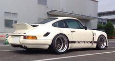 Porsche 911 (Sunburst)