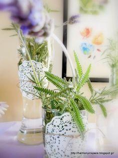 Ιδέες για διακόσμηση: Πασχαλινή διακόσμηση με γυάλινα στοιχεία και λεβάν...
