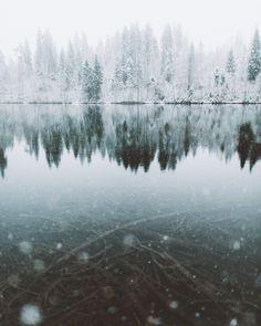 Swiss winter wonderland by @hannes_becker via https://www.instagram.com/p/-9qd4ePai5/