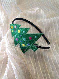 Items similar to Christmas Tree Headband on Etsy Diy Christmas Hats, Christmas Tree Headband, Christmas Hair Bows, Etsy Christmas, Christmas Costumes, Christmas Decorations To Make, Christmas Art, Xmas Tree, Holiday Crafts