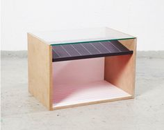 Tavolino in MDF e vetro. Side table in MDF and glass. Void, Mats Theselius  2014 http://www.theselius.com/2015/03/20/void/
