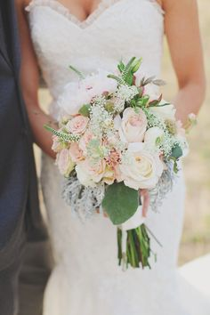 Weddings like this are sort of the cherry on top of all things wedding; thecrème de la crème of rustic meets elegant with an uber-dash of pretty. It's the reason I happen to adore Texas weddings, and the reason I fall head over heels for mismatched maids, lush blooms (thank you, Old Glory Ranch) and…