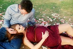 couple's maternity photoshoot By Sherri Lo Photography