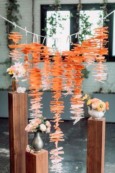 Ideas for an orange party theme! Orange decor, cakes, flowers and more! Diy Wedding Favors, Wedding Crafts, Wedding Decorations, Wedding Ideas, Wedding Blog, Wedding Bouquets, Wedding Stuff, Table Decorations, Diy Straw