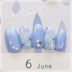 この画像は「上品な青が綺麗♡青色を使った紫陽花ネイルデザイン集♡人気ネイル画像30選♡」のまとめの21枚目の画像です