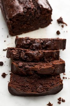 Death by Chocolate Banana Bread. I enjoyed this recipe but I prefer banana bread with chocolate chips because I think the chocolate overpowered the taste of banana. Chocolate Banana Bread, Death By Chocolate, Chocolate Chips, Chocolate Recipes, Chocolate Lovers, Chocolate Desserts, Köstliche Desserts, Delicious Desserts, Dessert Recipes