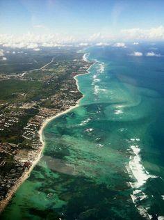 "nteriorSiguiente  ""Republica Dominicana, Continente En Miniatura"" Playa Bavaro, en Punta Cana. —"