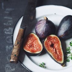 fig by peterkarasev