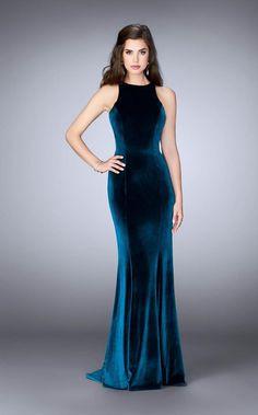 Velvet Evening Gown, Long Evening Gowns, Elegant Dresses, Pretty Dresses, Beautiful Dresses, Velvet Bridesmaid Dresses, Prom Dresses, Formal Dresses, Formal Prom